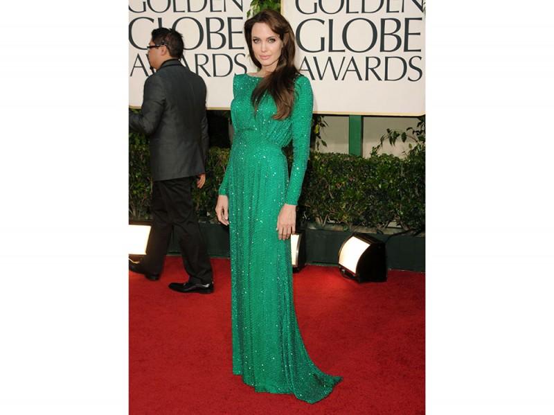 angelina-jolie-golden-globes-green