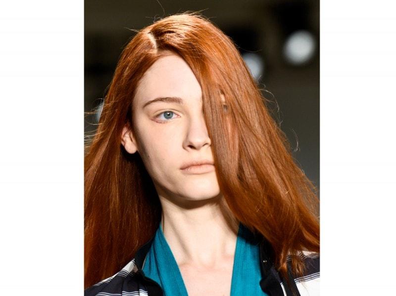 capelli-colore-tendenze-2016-sfilata-Kaal-E-Suktae