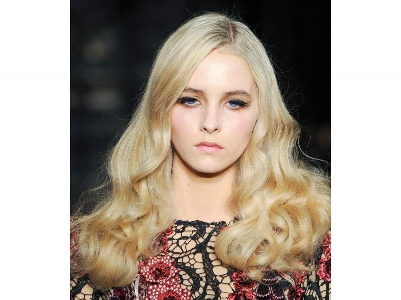 capelli-colore-tendenze-2016-sfilata-Mimi-Tran