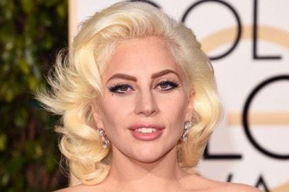 golden-globes-2016-beauty-look-lady-gaga