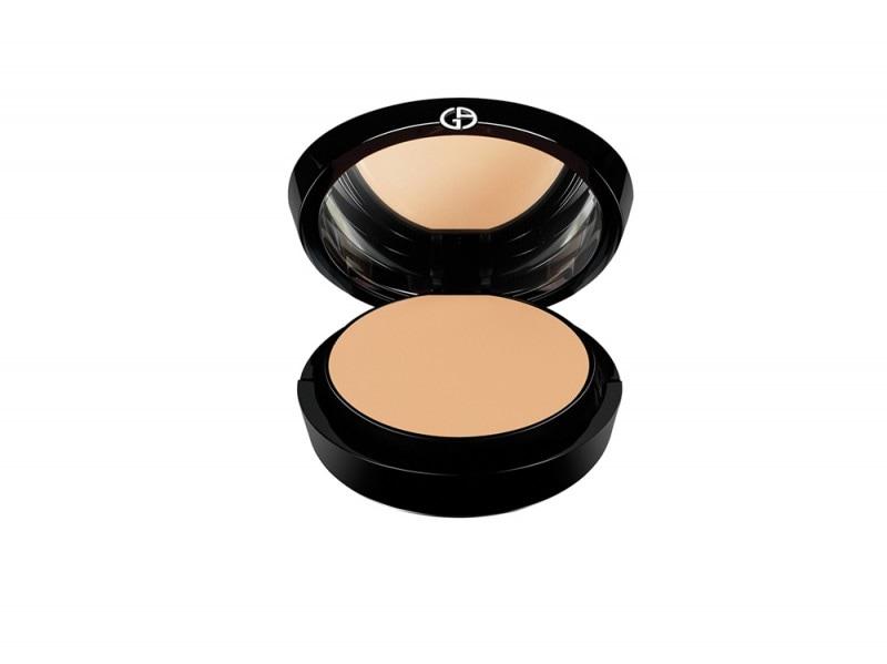 kate-winslet-make-up-giorgio-armani-maestro-fusion-compact