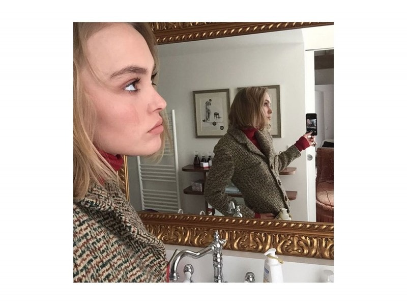 lily-rose-instagram-coat