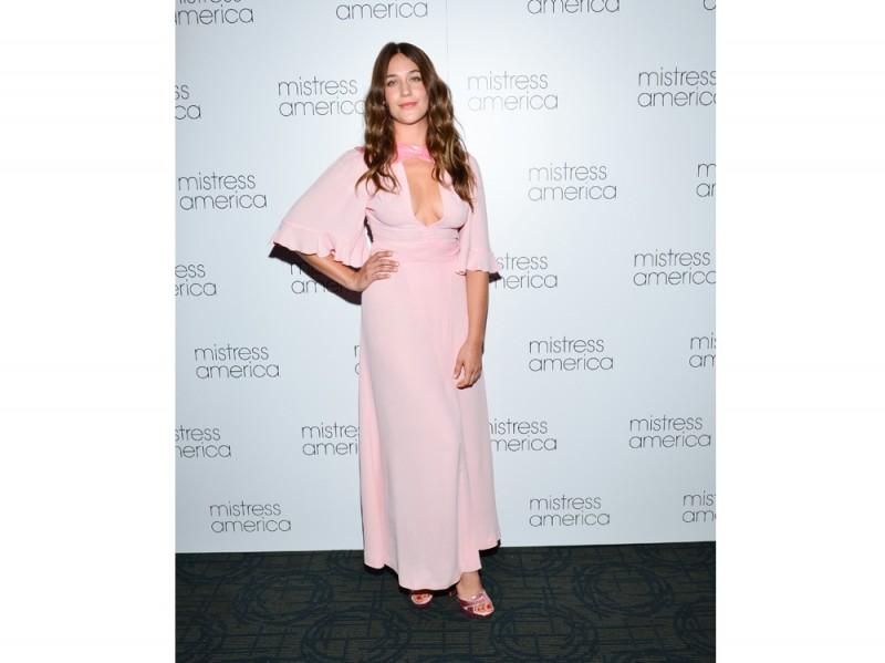 lola-kirke-pink-dress
