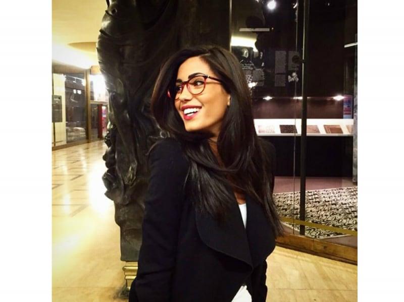 Federica Nargi Beauty Look con gli occhiali