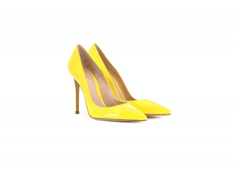 pumps-gialle-vernice-gianvito-rossi