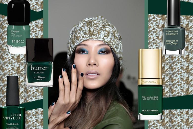 """Smalti verde bosco: la manicure è dark e """"green"""""""