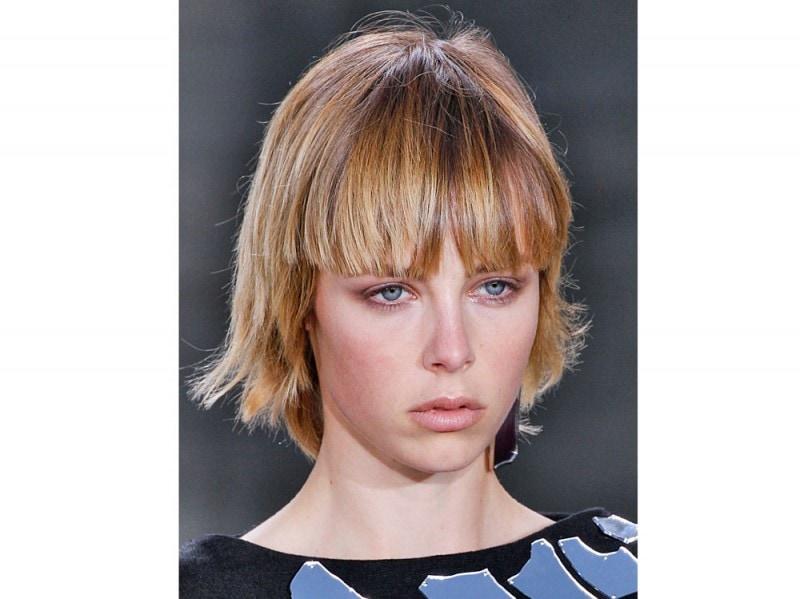 tagli-capelli-con-frangia-primavera-estate-2016-Loewe