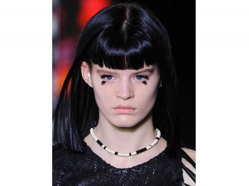 tagli-capelli-con-frangia-primavera-estate-2016-Louis-Vuitton