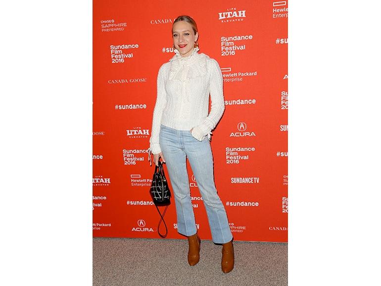 Chloe-sevigny-jeans-flare-cropped-olycom