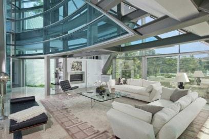 Gli interni della Glass house