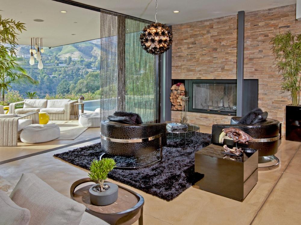 Gli interni moderni della villa a beverly hills foto for Interni moderni ville