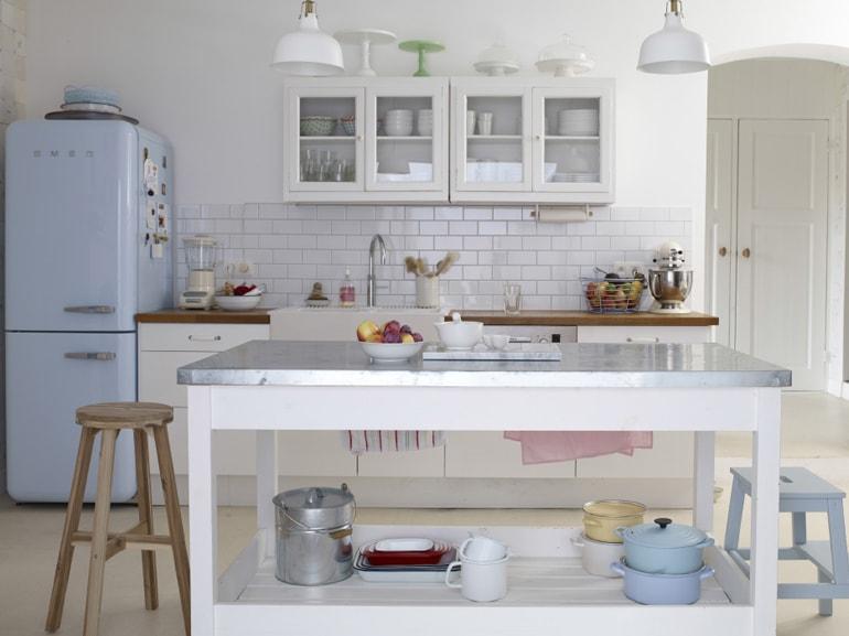 Le cucine a vista perfette per un open space - Tavolo lavoro cucina ...