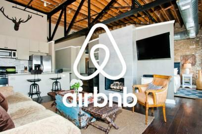 La partnership con Airbnb