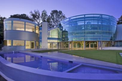 La spettacolare struttura della Glass House