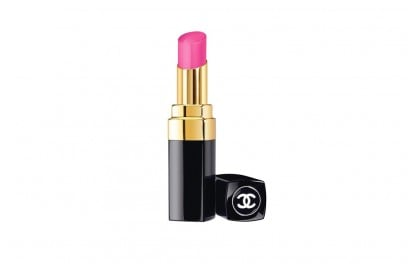 Taylor-Hill-beauty-look-chanel-rouge-coco-shine-116-mighty
