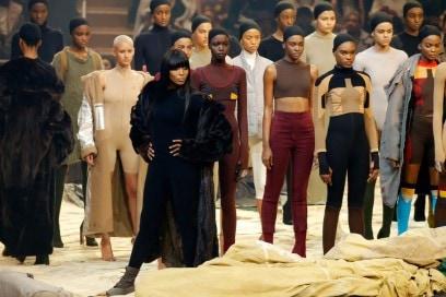 Yeezy season 3 Naomi Campbell