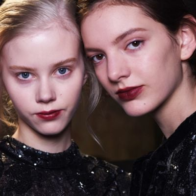Erdem Autunno-Inverno 2016: il beauty look si ispira a Jean Harlow