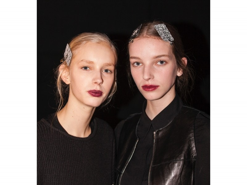 erdem-autunno-inverno-2016-backstage-beauty-15