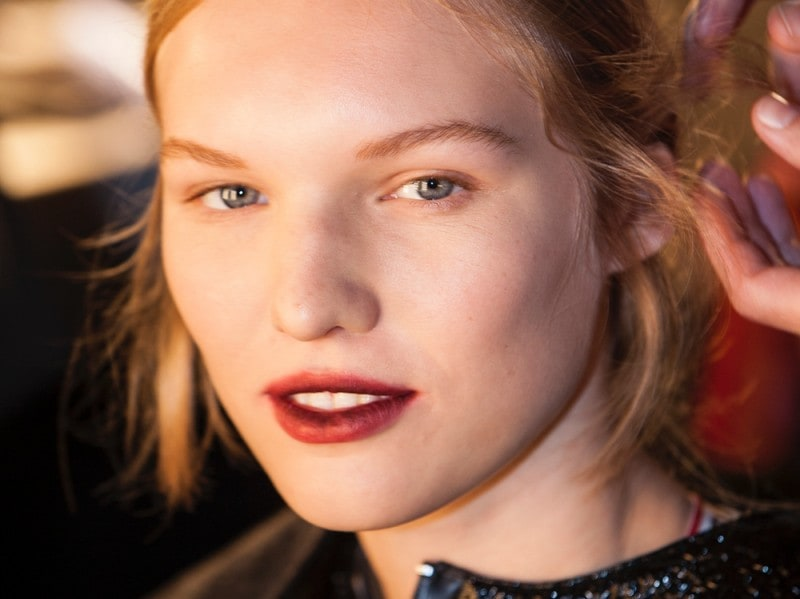 erdem-autunno-inverno-2016-backstage-beauty-17