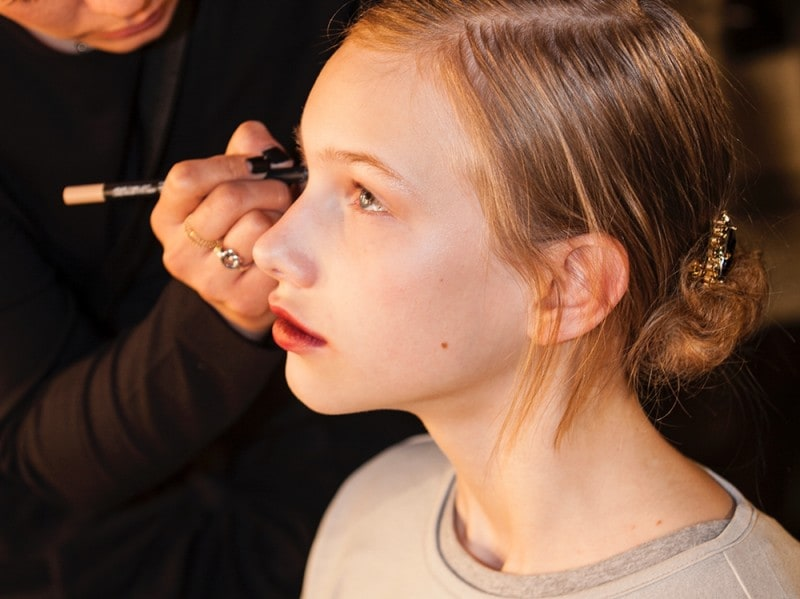 erdem-autunno-inverno-2016-backstage-beauty-3
