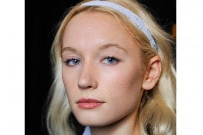 eyeliner-tendenze-primavera-estate-2016-Erin-Fetherston