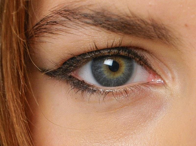 eyeliner-tendenze-primavera-estate-2016-Fay
