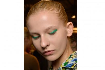 eyeliner-tendenze-primavera-estate-2016-Monique-Lhuillier
