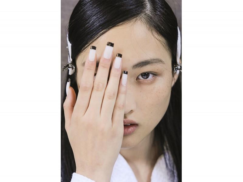 manicure bicolore  gucci