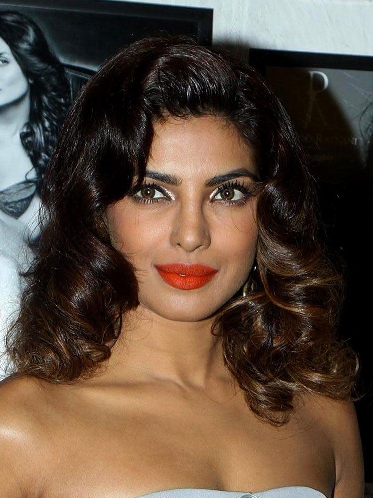 priyanka-chopra-beauty-look-07