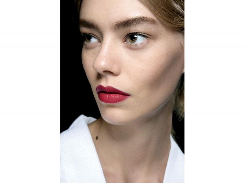 trucco-labbra-tendenze-mac-cosmetics-primavera-estate-2016-o-d-l-renta