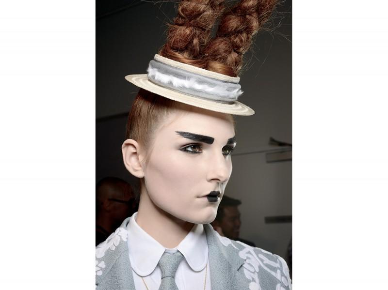 trucco-labbra-tendenze-mac-cosmetics-primavera-estate-2016-t-browne
