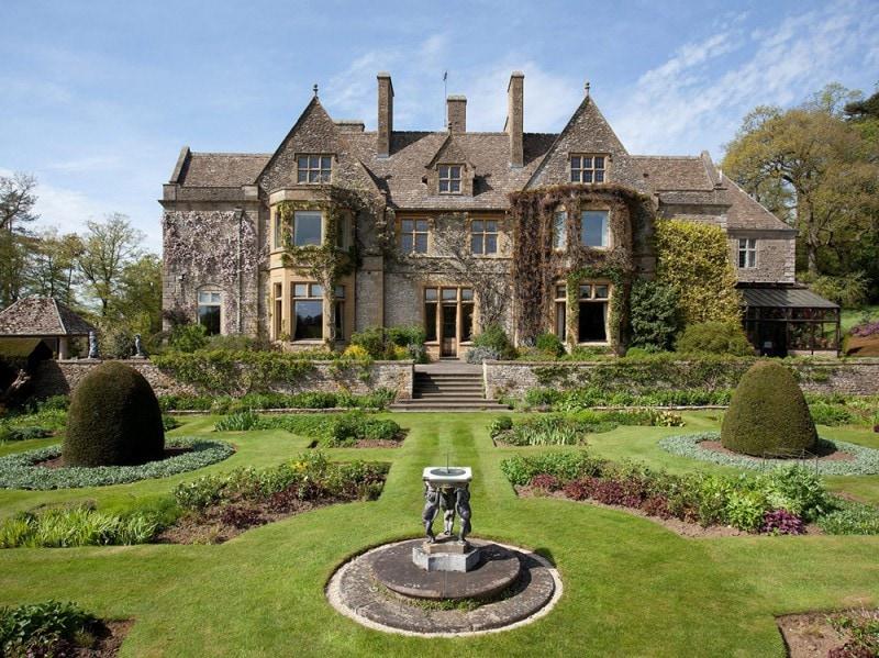 la casa di david e victoria beckham nella campagna inglese