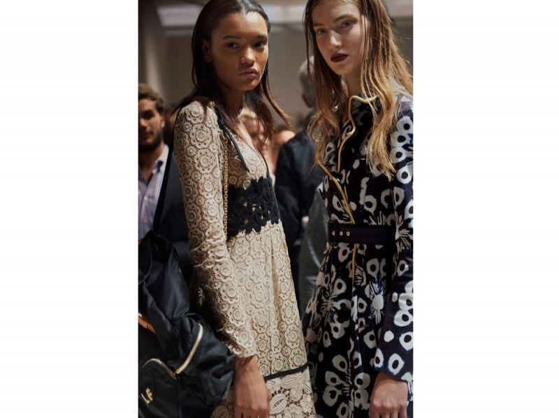 Backstage-at-the-Burberry-Womenswear-SS16-Show_001