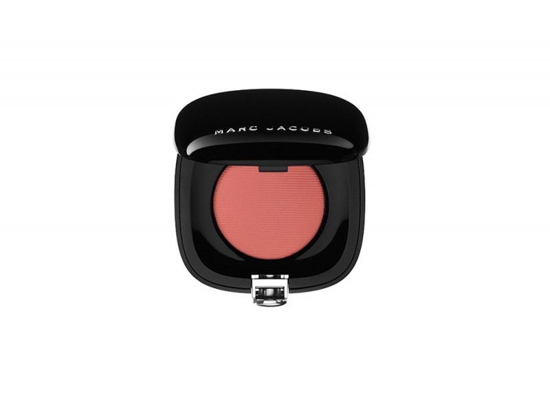 Colore-deciso-anche-per-Marc-Jacobs-Beauty-Shameless-Bold-Blush-in-204-Obsessed-Pink
