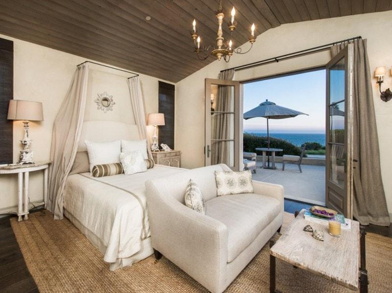 La camera da letto con patio privato