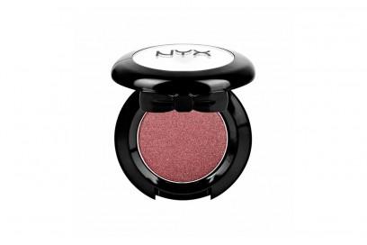 ashley-benson-make-up-nyx-hot-singles-eyeshadow-flustered