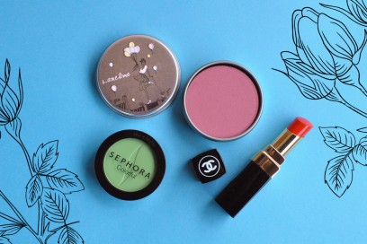 blooming-red-make-up