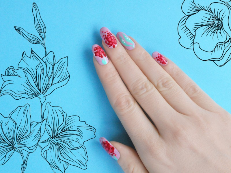 blooming-red-nail-art