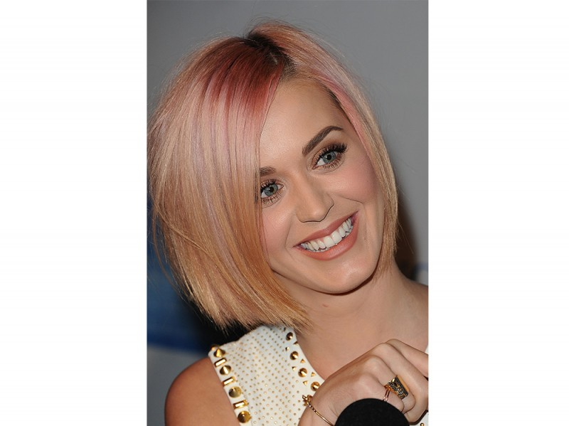 capelli-rose-gold-hair-katy-perry