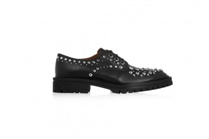 derby-shoes-con-borchie-givenchy