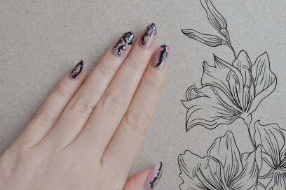 dream-catcher-nail-art