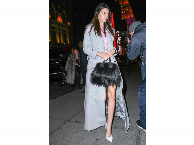 kendall-jenner-pumps-bianche