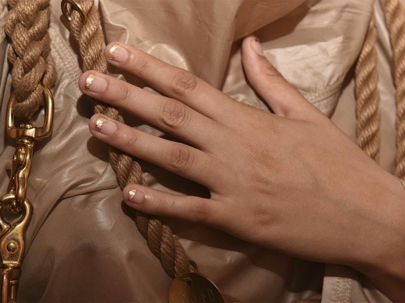 negative space manicure pe16 nicholas k getty