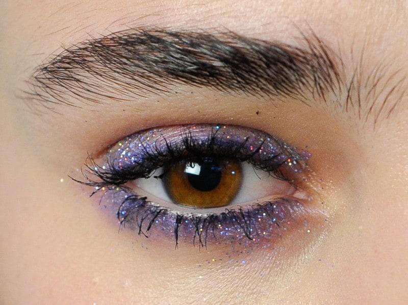 trucco-occhi-glitter-primavera-estate-2016-N21_eem_W_S16_MI_001_2212287