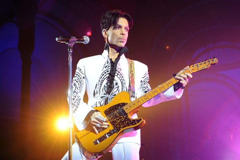 Addio a Prince, stella dalla voce e dallo stile indimenticabili