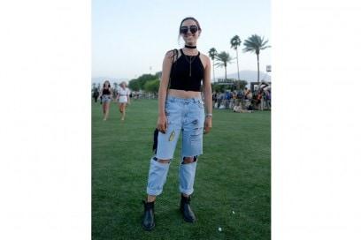 coachella-jeans-patches