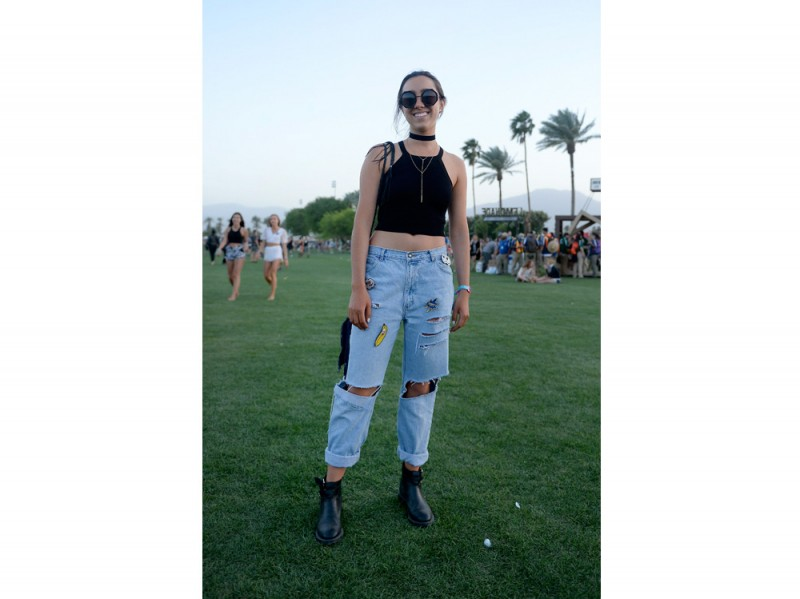 coachella-jeans-patches