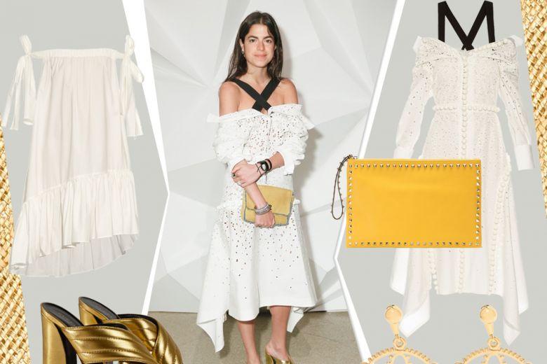 Abito in cotone bianco e sandali gold come Leandra Medine: get the look!