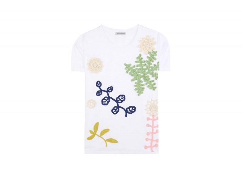 vika-gazinskaya-tshirt-crochet