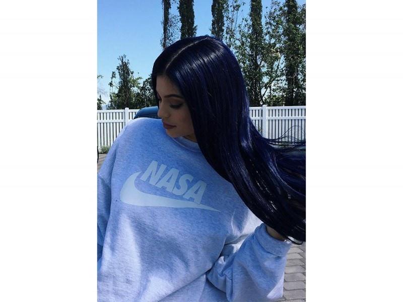 kylie jenner capelli viola